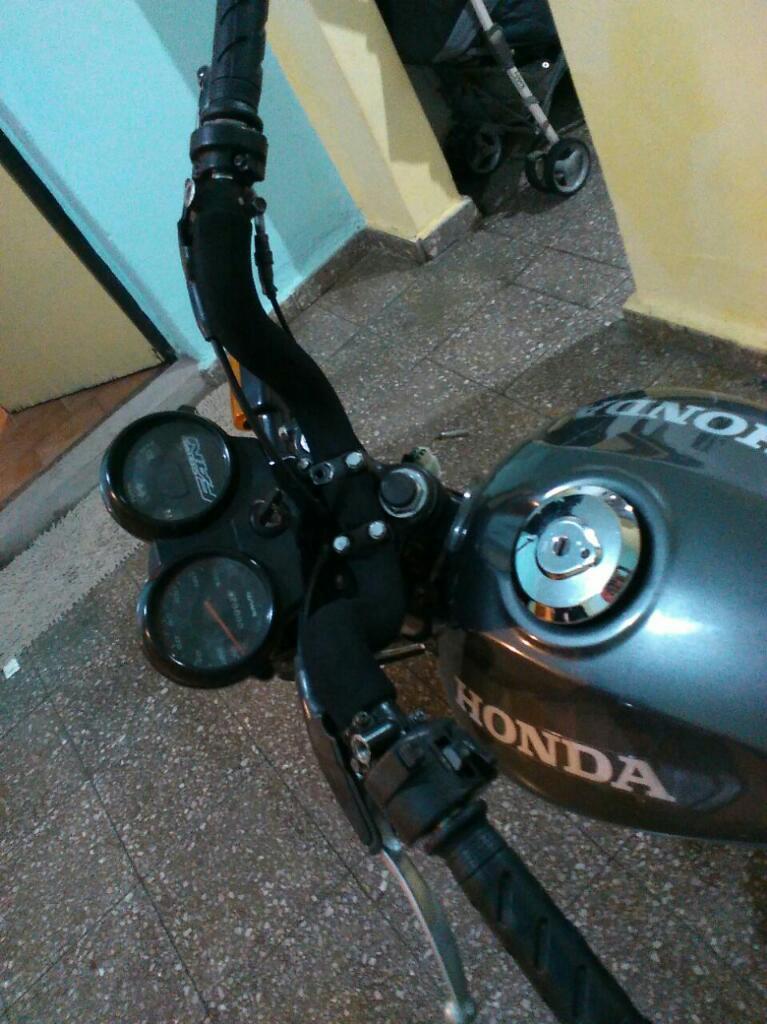 Vendo O Permuto Honda Fan 2010