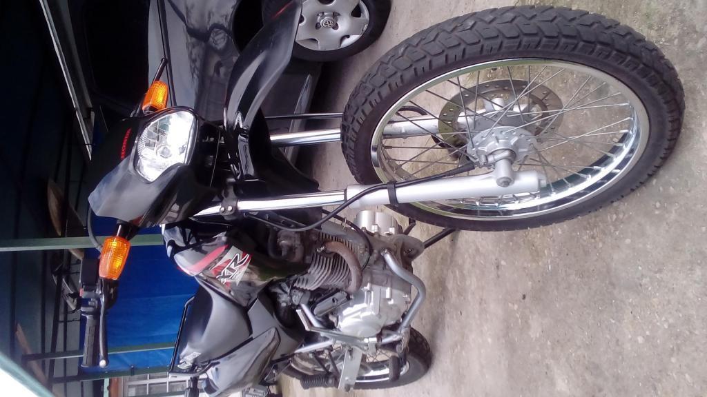 VENDO HONDA XR 125 L POR NO USAR