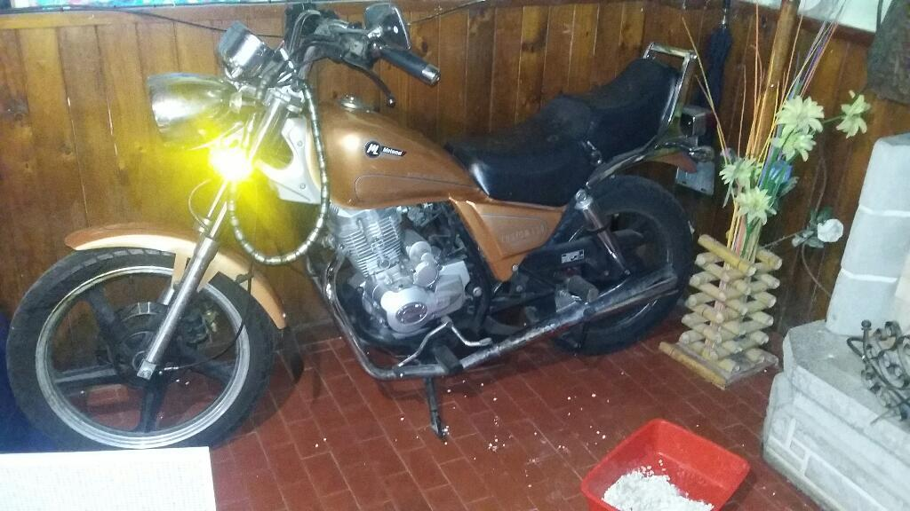 Motos Motomel Custom 150