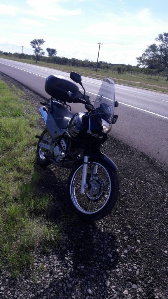 Liquido Honda400 Falcon 2011 15341km
