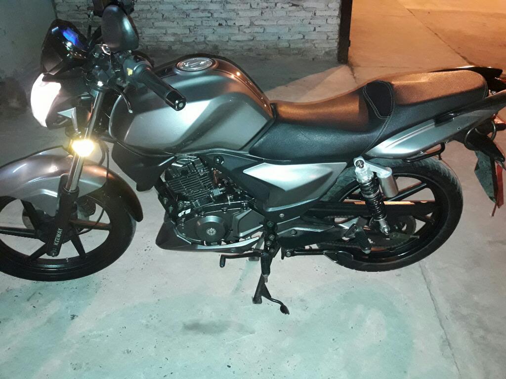 Vendo Urgente Moto Zanella Keeway