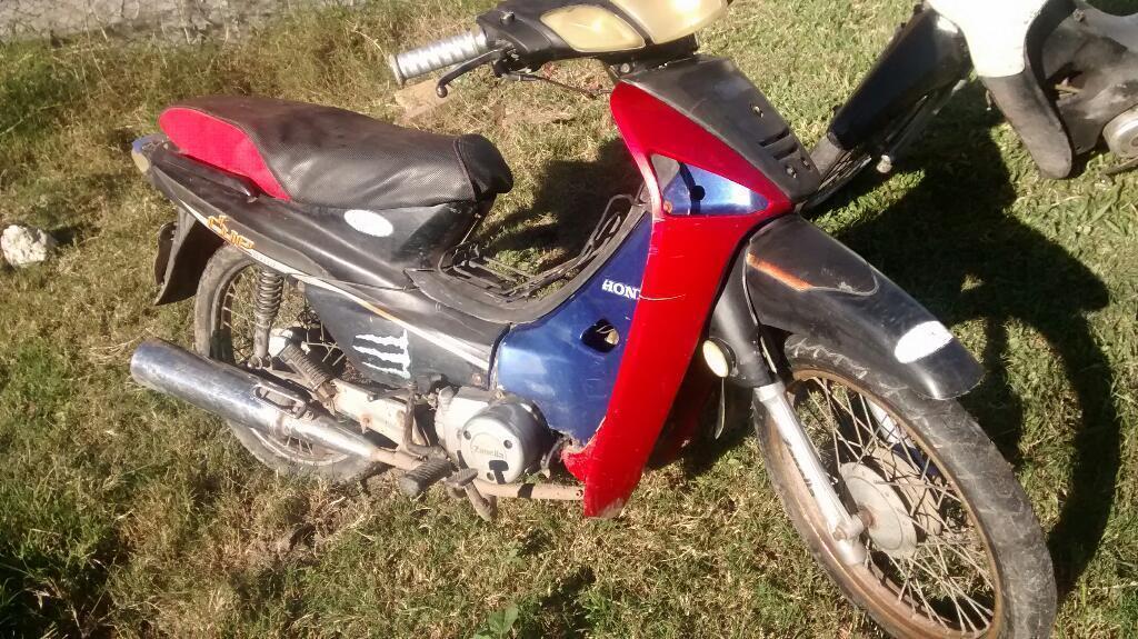 Moto Blanca 3500.moto Roja 5000