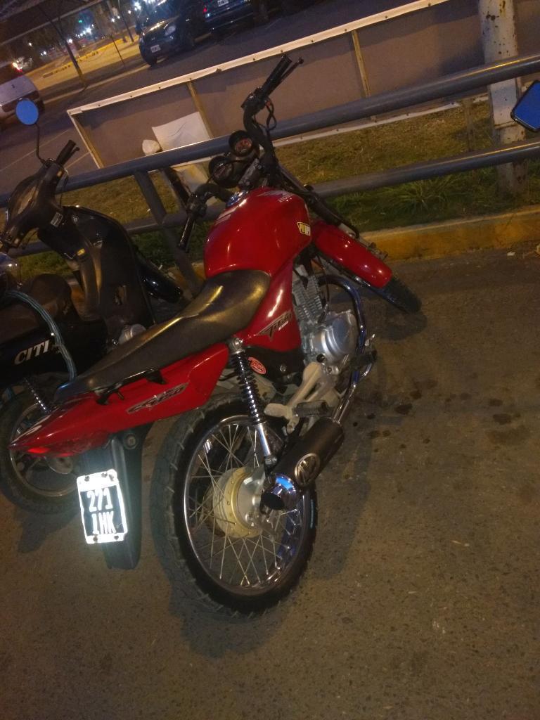 Vendo Honda Titan 150cc Modelo 2012