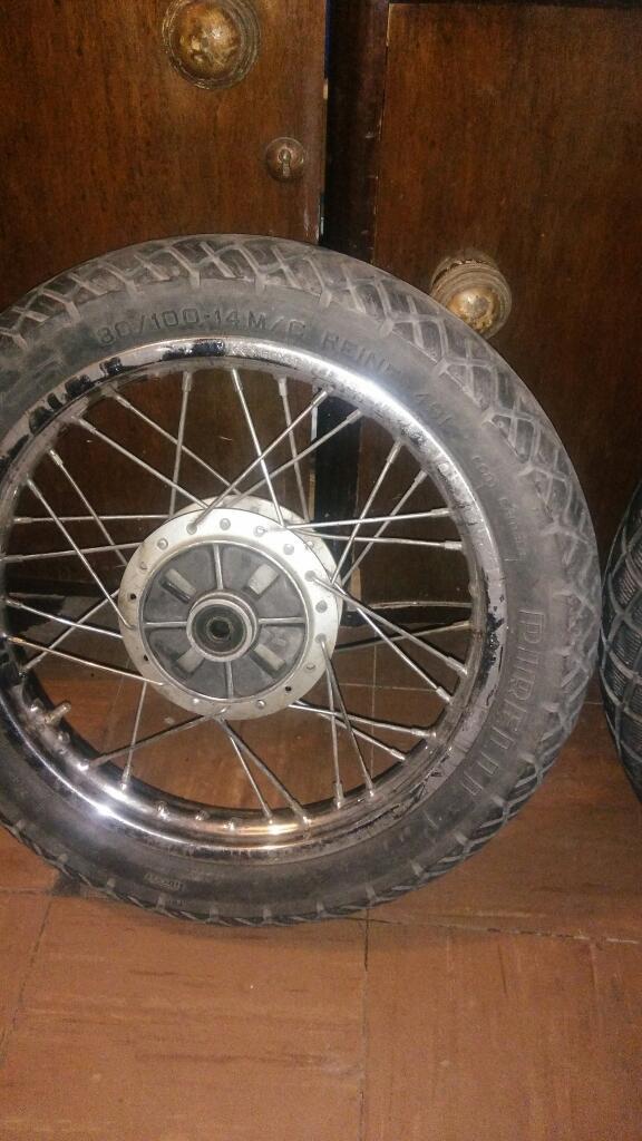 Vendo Rueda Trasera de Moto 110 Del 14