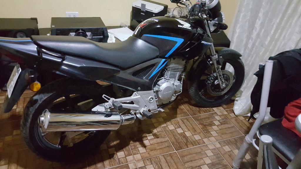 Se Vende Honda Twister 250