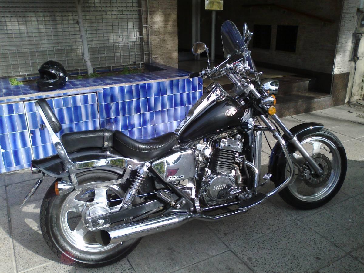 Jawa 300-9 Modelo 2010