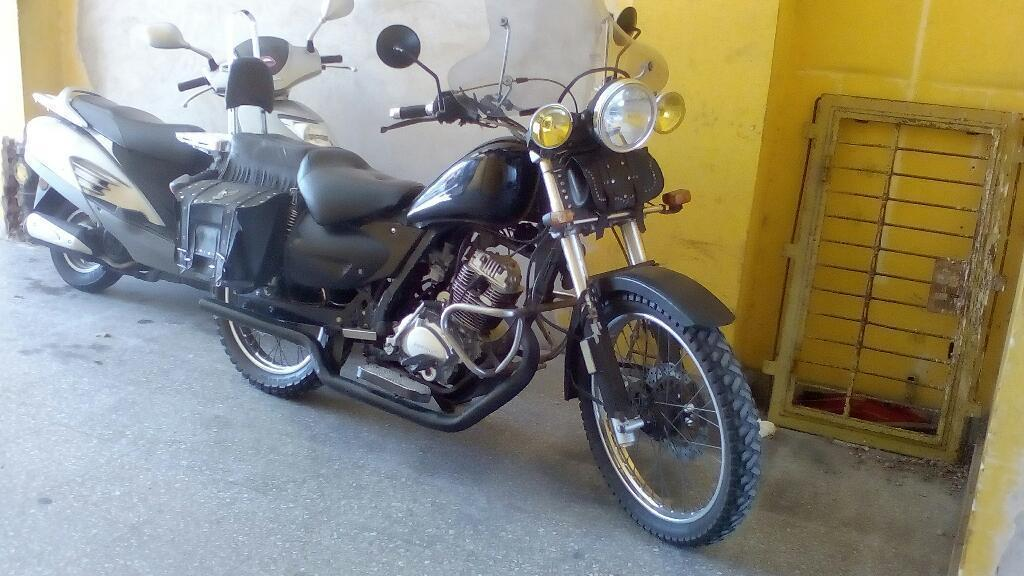 Motomel Custon 250