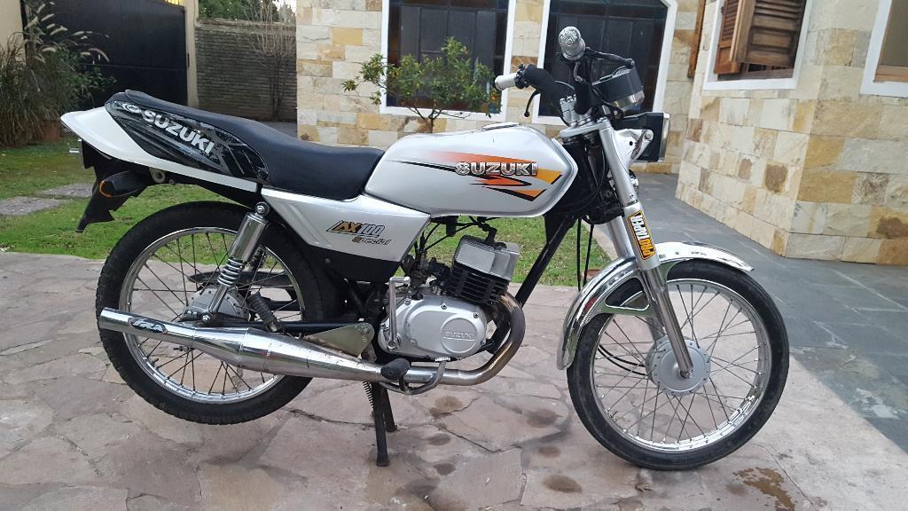 Suzuki 100 Deportivas - Brick7 Motos