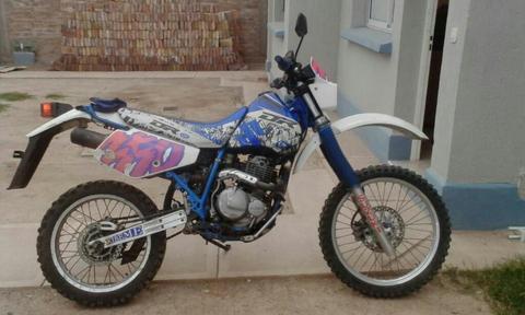 Dr 350 Y El Carro para Motos