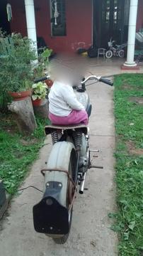 vendo moto antigua a restaurar, Bsa C11, 1949 250 cc, en marcha 45000$