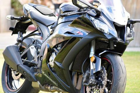 Kawasaki Zx10-r 2011 Hobbycer Bikes