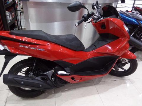 Honda Pcx 150 0km Casco,guantes Y Traba Disco De Regalo