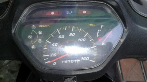 Honda Wave 100 Vendo X Falra de Espacio