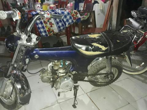 Moto Honda Mondial 2008