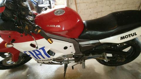 Vendo O Permuto Moto Pistera Rv 200