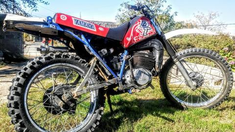 moto dt 200 cc