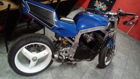 Suzuki Gsxr 1240r Naked/simil.ktm Duke/z1000/ducati/fazer