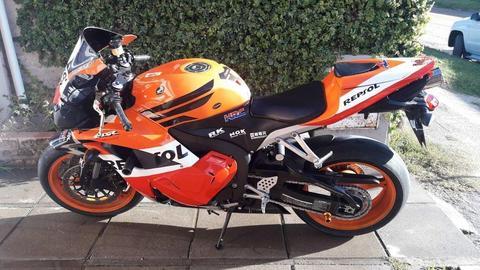 Honda CBR 600 RR 2010 15.000km impecable