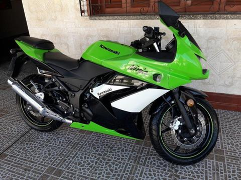 Inmaculada Kawasaki Ninja 250 Rbo Motos
