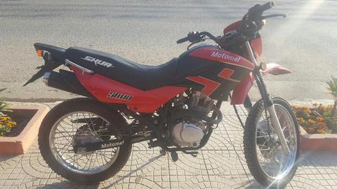 Motomel Skua 150 2013